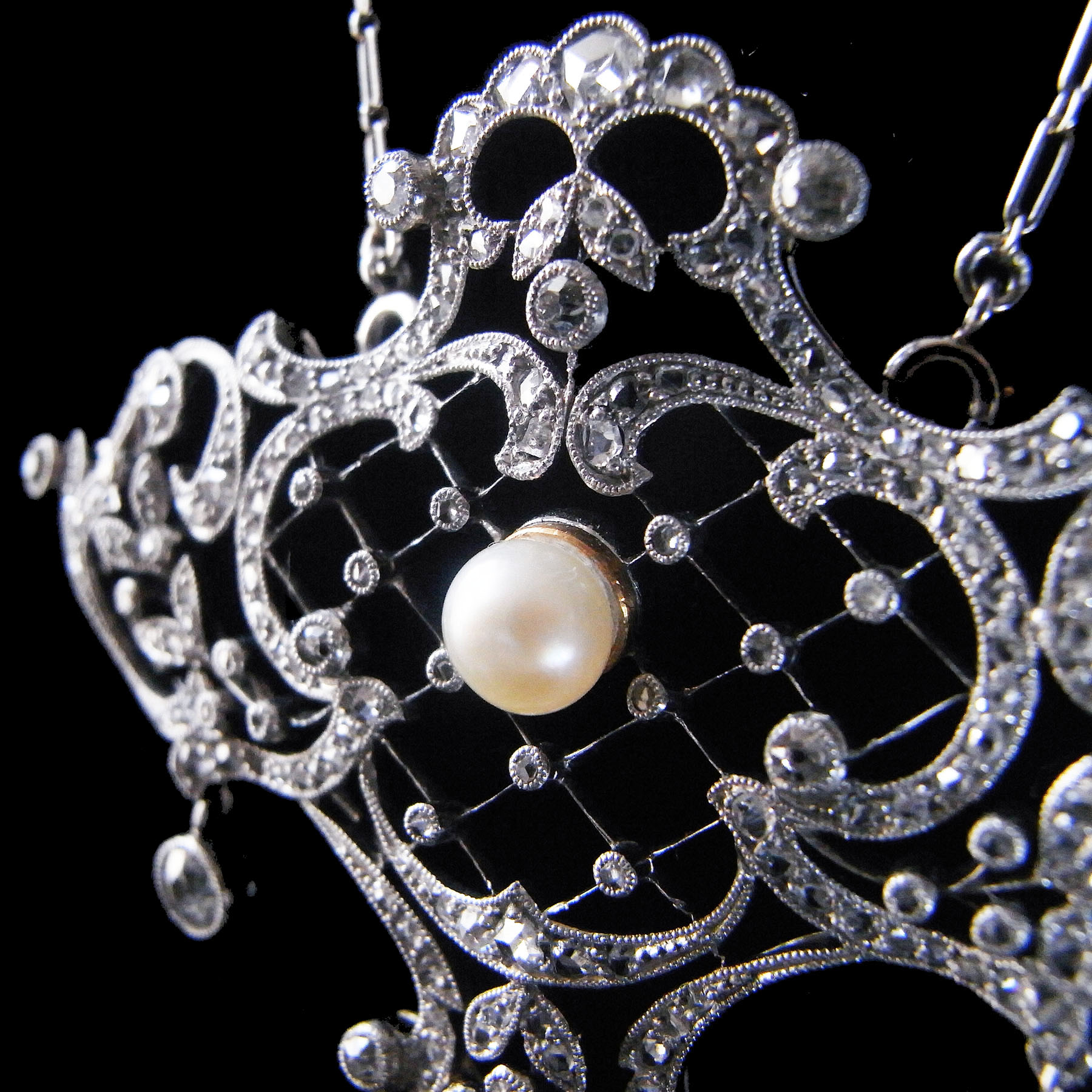 天然真珠とダイヤモンドのアンティークペンダント