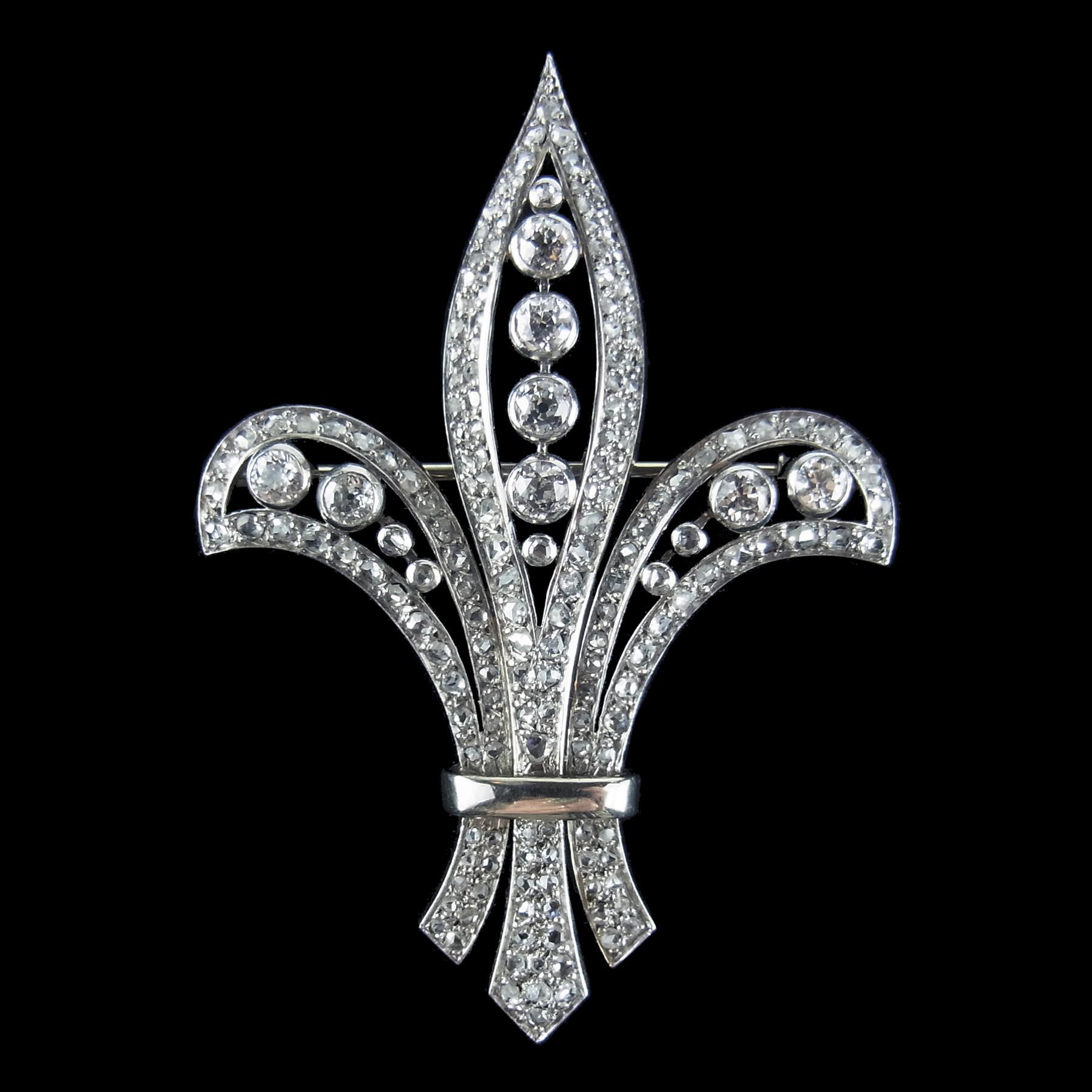 ショーメのダイヤモンド製アンティークブローチ
