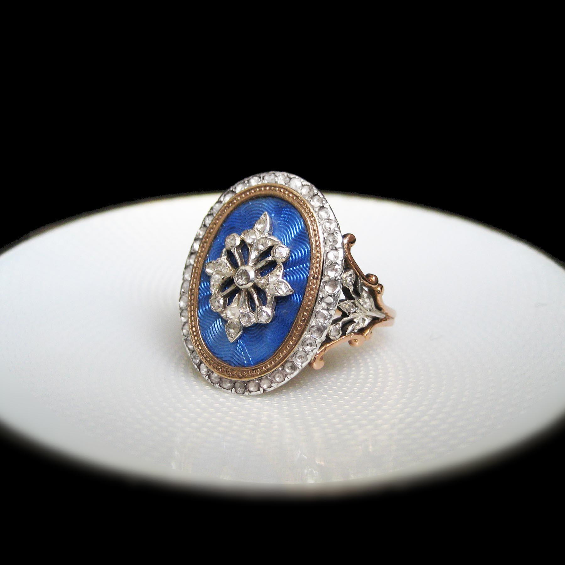 18世紀のアンティークリング ロイヤルブルーのギヨシェエナメル
