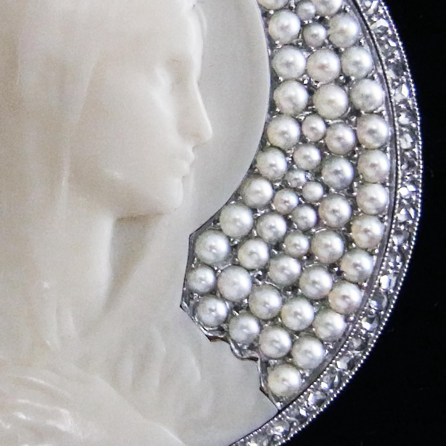 マリア像のアンティークジュエリー