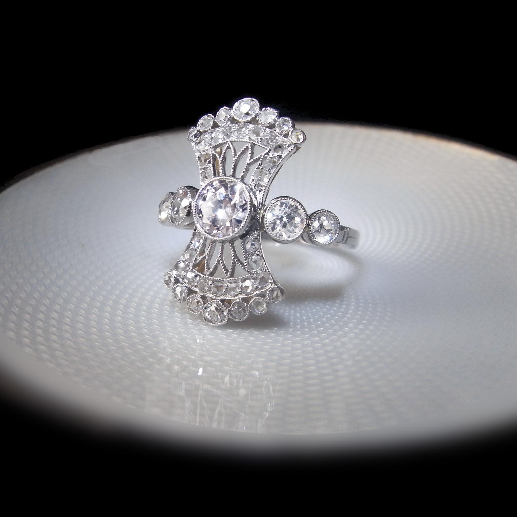 ヴァンクリフ&アーペル ダイヤモンド アンティークリング